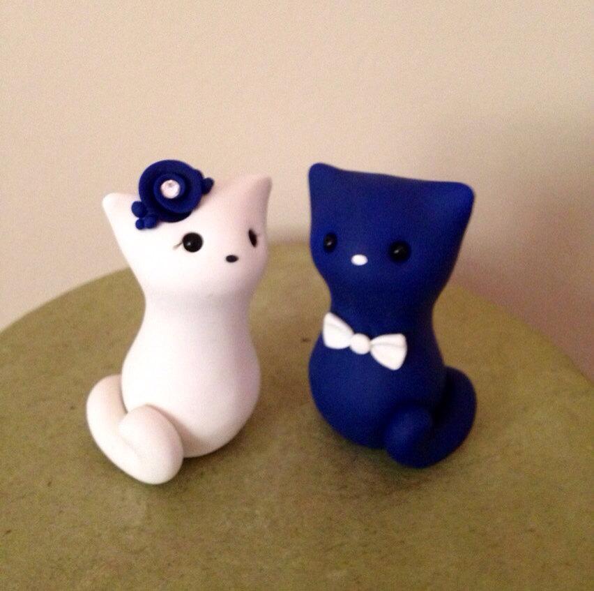Свадьба - Meow Kitty with tails Custom Wedding Cake Topper