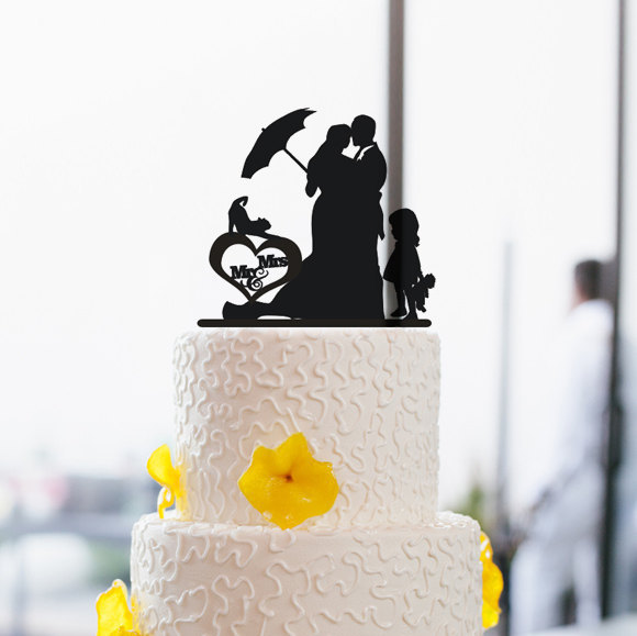Wedding - Mr and Mrs Wedding Cake Topper-Silhoette Cake Topper-Cake Topper with Little Girl-Bride and Groom Wedding Cake Topper-Unique Cake Decoration