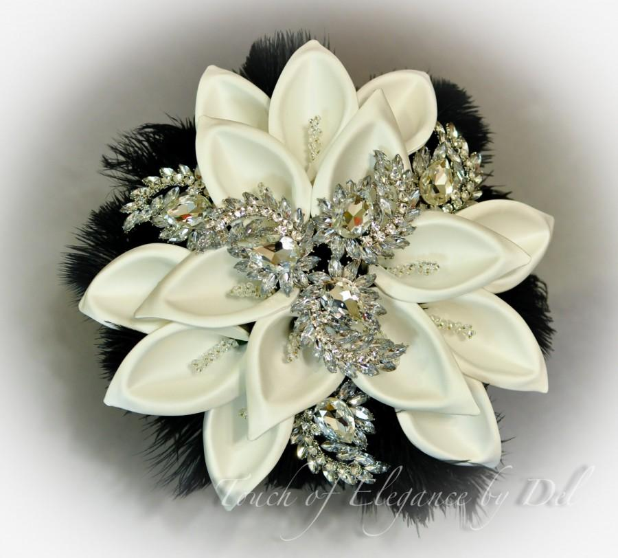 "Mariage - 12"" 'Diamonds in the sky Deluxe Edition' Bridal Brooch Bouquet - Calla Lilies, Feathers & Bling + FREE Boutonniere - Fairytale Bouquet"