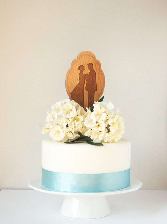 Свадьба - Custom Silhouette Wedding Cake Topper made from your photograph by Wedded Silhouette