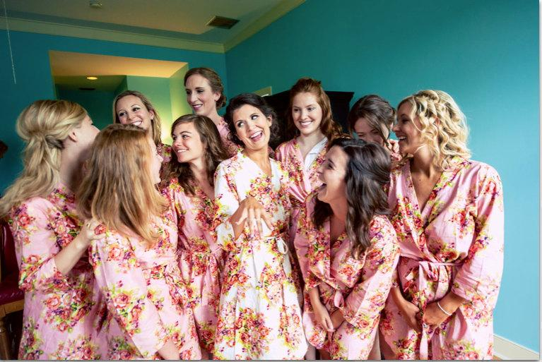 زفاف - Pink Bridesmaids Robes Kimono Crossover Robe Perfect bridesmaids gift, getting ready robes, Bridal shower favors, Wedding photo prop