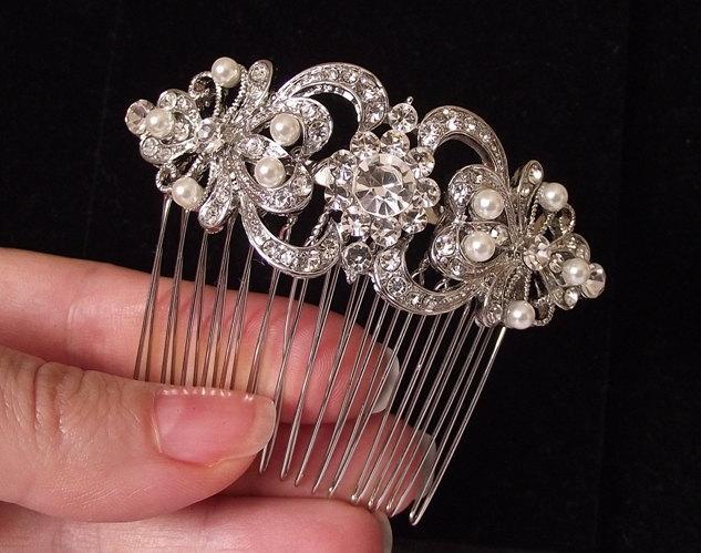 Mariage - Bridal Hair Comb, pearl Wedding hair comb, ivory pearl hair comb, Wedding hair pieces, crystal hair comb, rhinestone and pearl comb