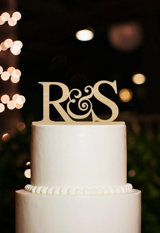 Свадьба - Initial Cake Topper,Custom Couple Name Cake Topper,Monogram Initial Cake Topper,Rustic Wedding Cake Topper,Wood Cake Topper,Unique Toppers