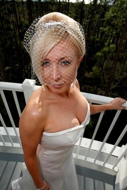 Mariage - Vintage Style Birdcage Veil, Bridal Hair Netting, Ivory Wedding Veil, White Wedding Headpiece, VELIANA