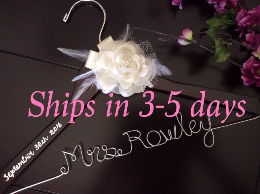 Hochzeit - 3 DAYS SALE--Rush order,Wedding hanger, custom wire hanger, bridal hanger, bride gift, bridesmaids gift, custom made hanger