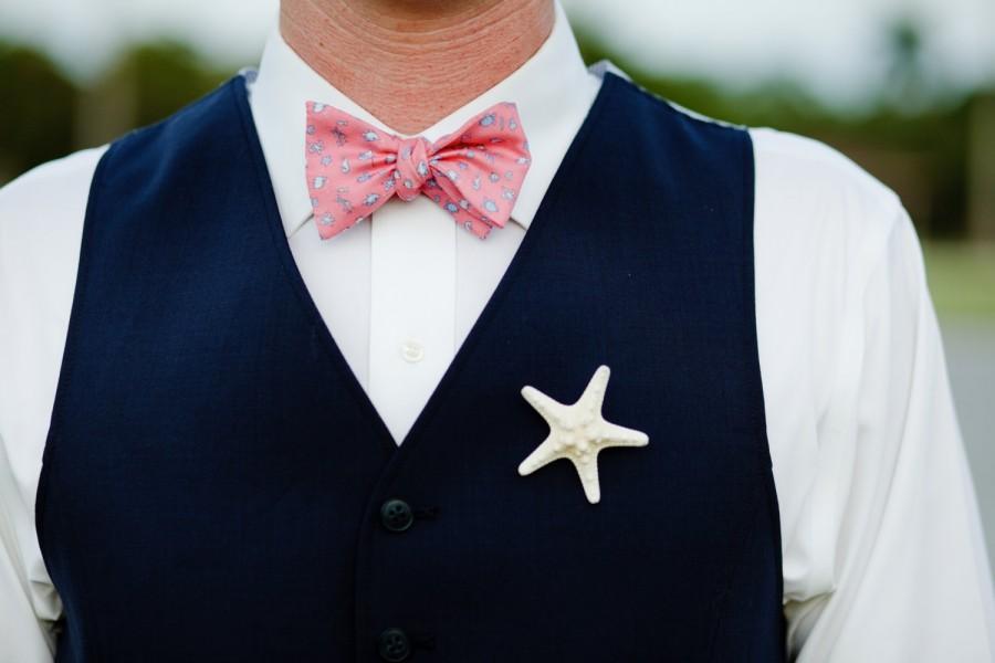 Mariage - Starfish Boutonniere Beach Weddings, Destination Weddings, Groom Boutonniere, Best Man, Groomsmen