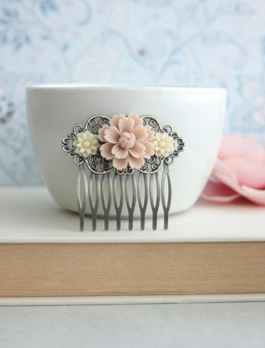 زفاف - Blush Soft Pink Mum Flower, Ivory Daisy Mum Flower Collage Hair Comb, Bridesmaids Gift. Bridal. Blush Pink Rustic Wedding. Bridal Hair Clip