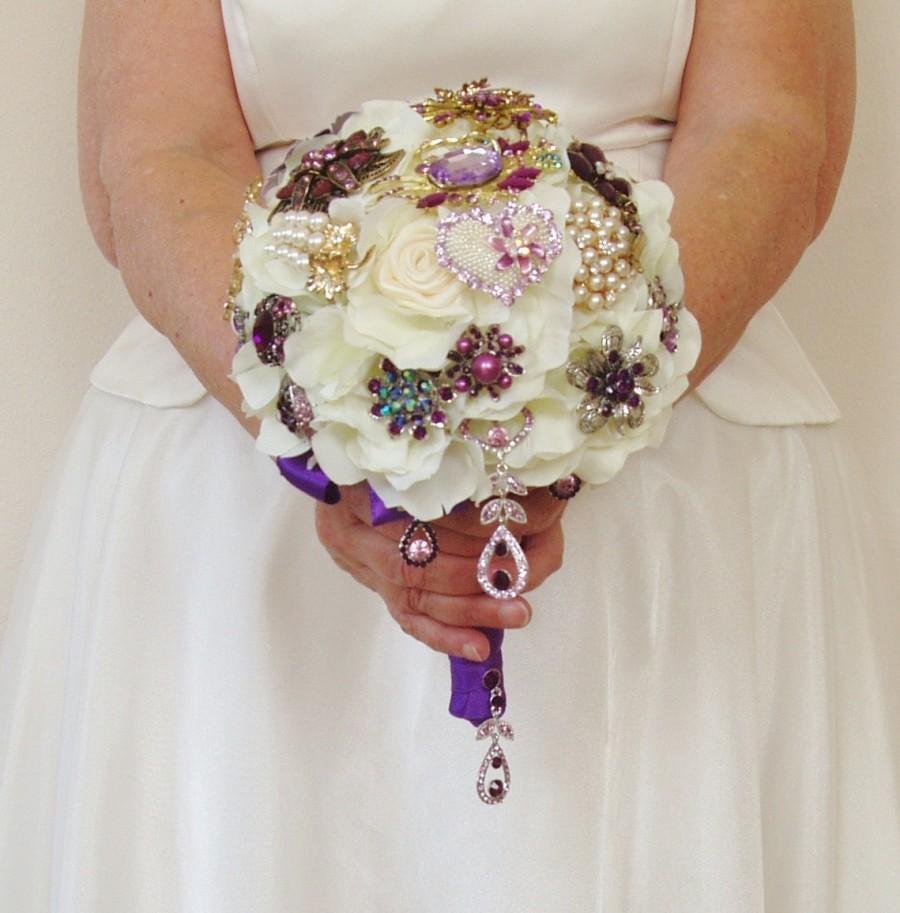 Свадьба - Silk Brooch Bouquet, Jeweled Wedding Bouquet, Heirloom Bouquet, Purple, Peacock Wedding, Ready to Ship