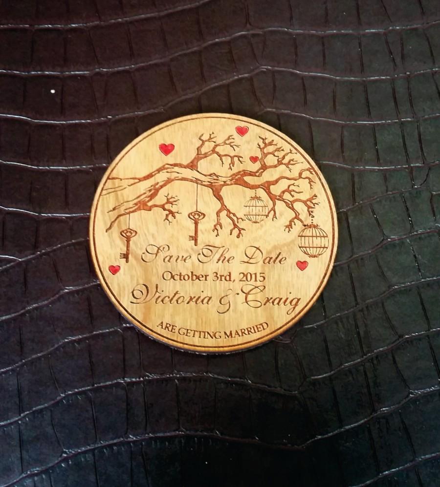 زفاف - bewitched forest (90) / wood save the date magnet / tree save the date / wedding magnet / unique save the date / round save the date magnet