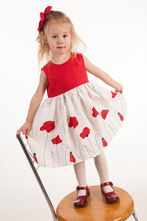Mariage - Wedding party flower girl linen dress poppy baby first birthday gown kids summer dress poppies red white baby natural clothes eco friendly