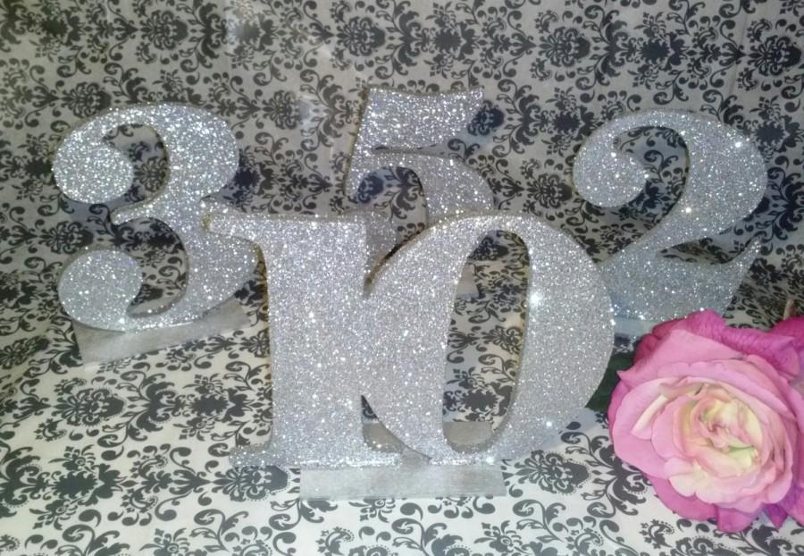 Свадьба - Glitter table numbers Boss collection Bold font silver or gold samples