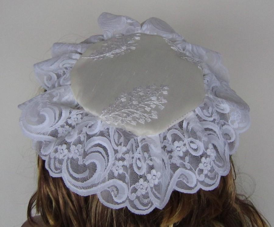 Mariage - Woman Kippah Head Covering In Embroidered Leaf Satin And Vogue Lace Trim