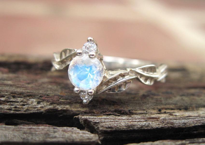 زفاف - Moonstone Leaf Engagement Ring, Leaf Engagement Ring, Moonstone Leaf Ring, Leaves Ring, Natural Floral Engagement Ring, Moonstone ring