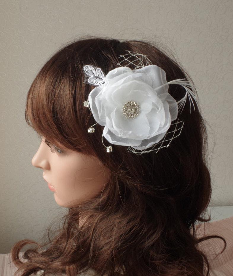 Mariage - Ivory Bridal Flower Hair Clip Wedding Accessory Crystals Feathers Bridal Fascinator Bridal Accessory  Wedding Hair Accessory