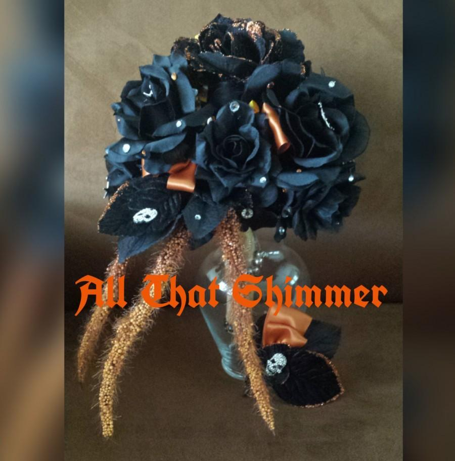 Свадьба - Halloween Bouquet & Matching Boutonniere ~ Wedding Bouquet and Boutonniere Ready to Ship, Black Rose Bouquet, Birch Handle