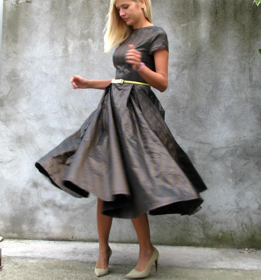 Hochzeit - Romantic,elegant,rich,full circle brown, black, silver, gold, dress for special occasions  '50s Era Dresses size S