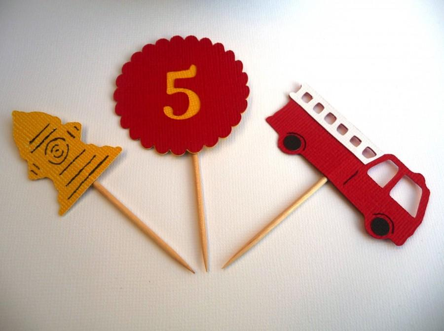 Mariage - Firefighter Cupcake Toppers Set of 12 - Fire Engine Birthday Party - Big Red Fire Truck - Heroes Fire Department Baby Shower - Food Picks