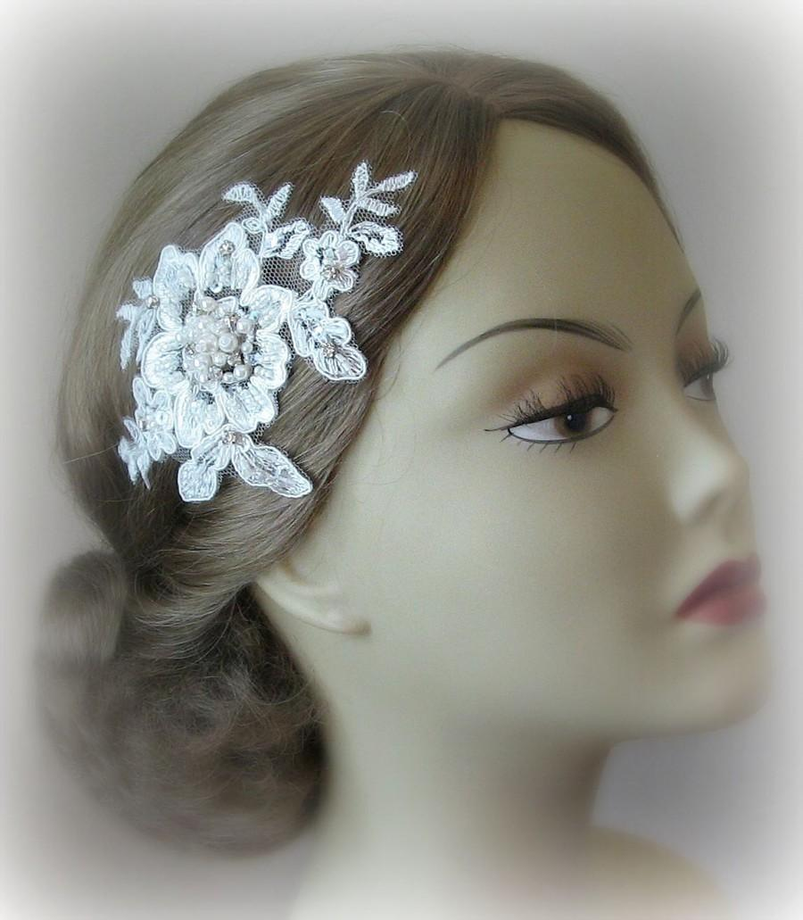 زفاف - Ivory Lace Bridal Fascinator, Lace Headpiece, Rhinestone and Pearl Hair Flowers, Wedding Head Piece, Silver or Gold - AUDREY