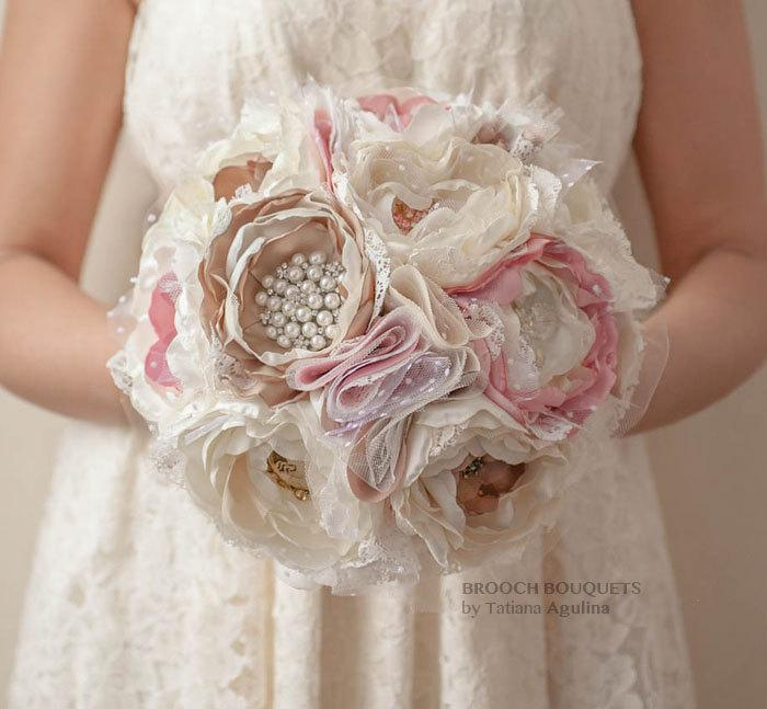 Свадьба - 11'' Ready to ship Brooch bouquet. Ivory, Blush Pink and Champagne wedding brooch bouquet, Jeweled Bouquet.
