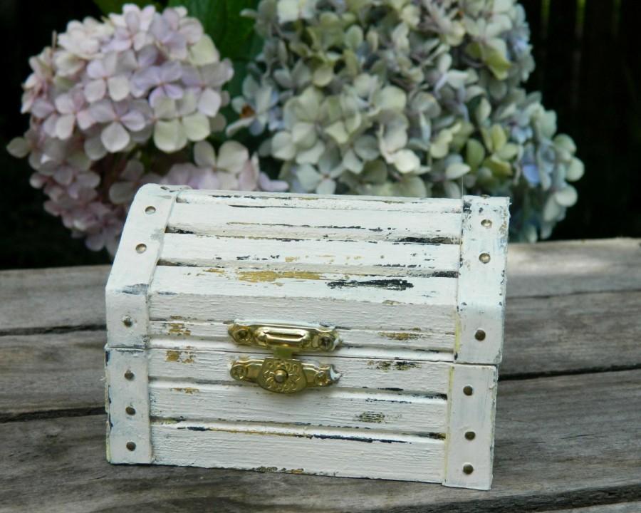 Mariage - wedding ring box Ring Bearer Wedding chest box  Wedding Ring Box Hand painted  Shabby Chic fpnewstar