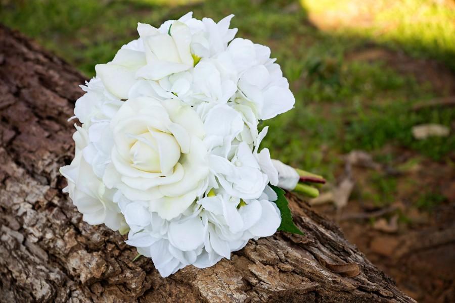 Hochzeit - Hydrangea and Roses Wedding Bouquet (Great Keepsake Item)