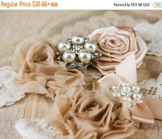 Mariage - 20% OFF Ivory Lace Garter Set, Lace Wedding Garter Set, Ivory Bridal Garter, Champagne Wedding Garter, Personalized Garter
