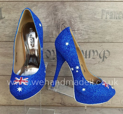 Свадьба - Australia flag custom glitter shoes (Heel or wedge)-Wedding shoes, prom shoes, custom glitter shoes made to order