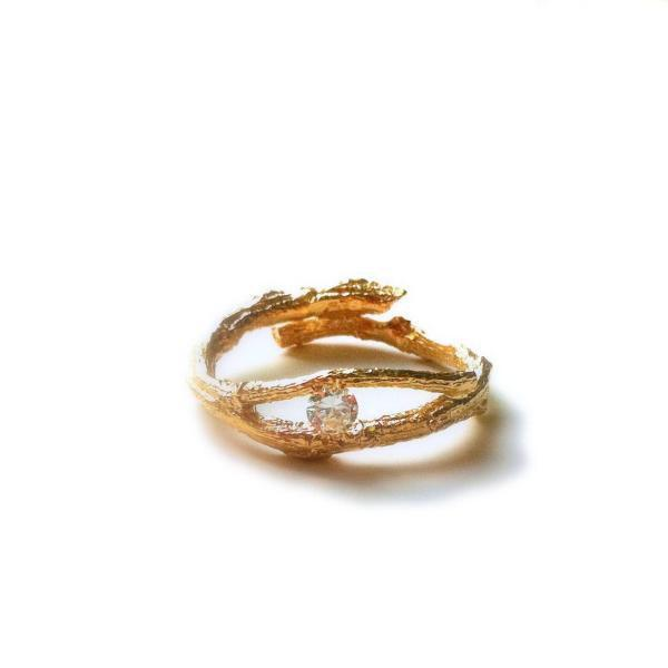 Свадьба - golden tree branch ring with zircon stone