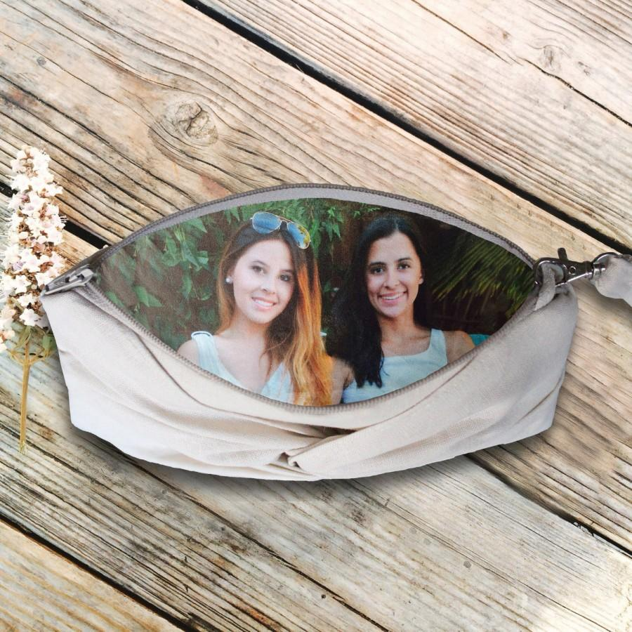 زفاف - Shabby Chic Photo Wristlet- Ivory Linen Knotted Rustic Wedding Clutch- More Colors Available
