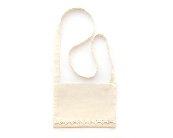 زفاف - Flower girl bag, Organic coton purse for girls in natural ivory, Crochet eco wedding accessory