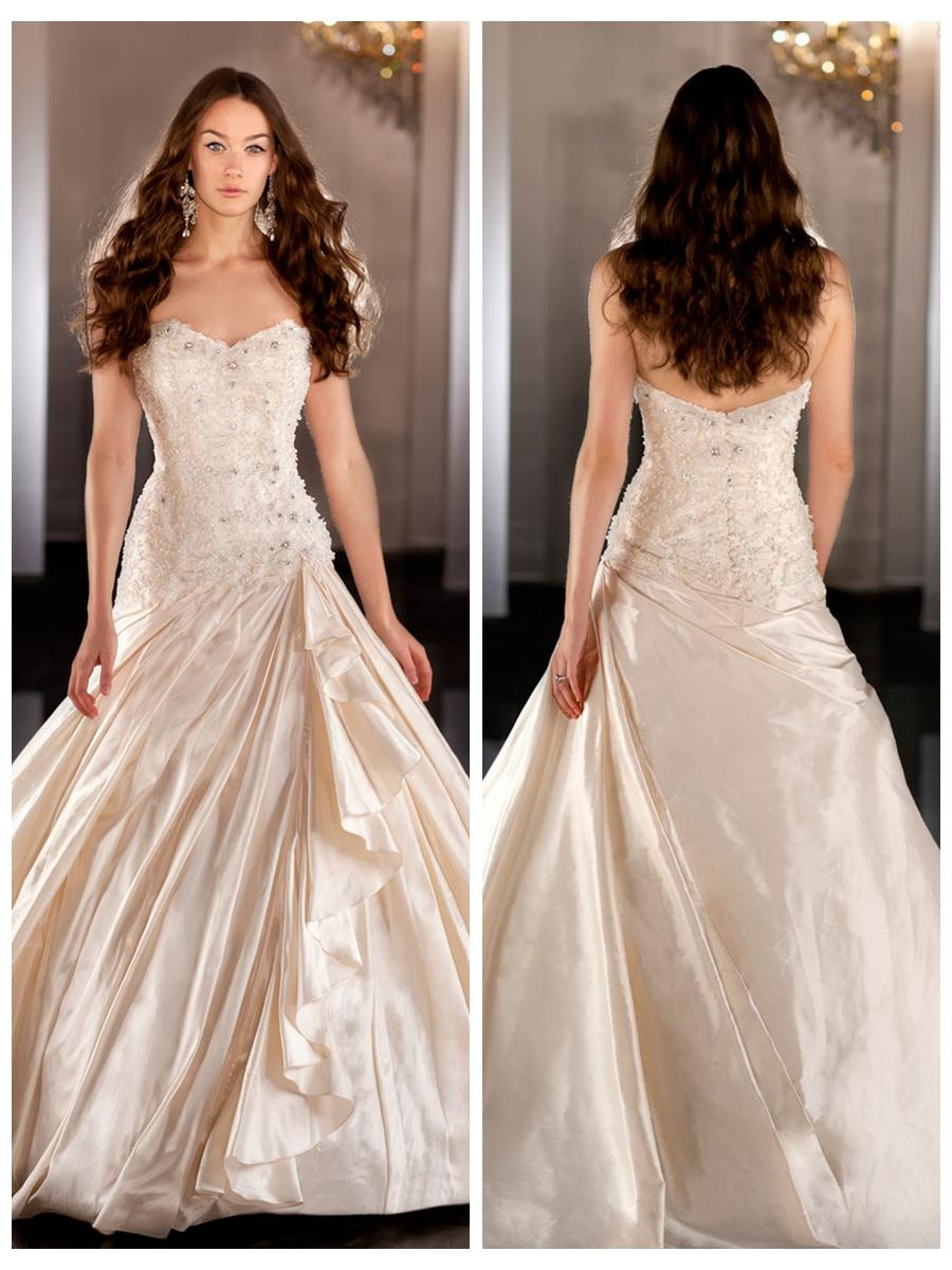 Mariage - Sweetheart Beaded Bodice Ball Gown Wedding Dress with Ruched Skirt
