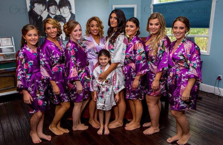 Mariage - Set of 1,2,3,4,5,6,7,8 Robes, Bridesmaids Gifts, Bridal Party Robes,Ship from USA, Bridesmaid Robe, Kimono Robe, Regular and Plus Size Robes