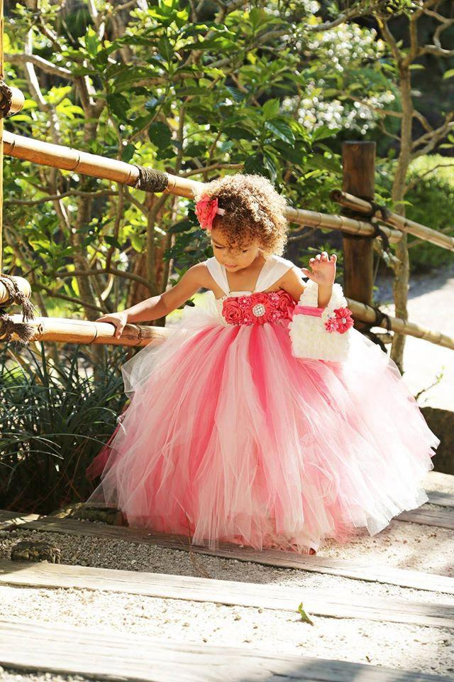Mariage - Flower Girl Dress, Coral and Ivory Tutu Dress
