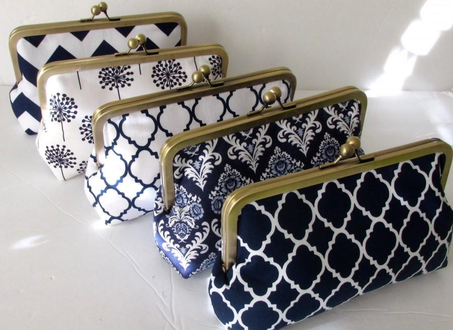 Mariage - Bridesmaid Personalized Navy and White Clutch Purse.