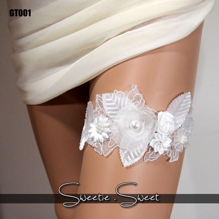 Свадьба - Wedding Garter, Bridal Garter, Floral Garter, Flower Garter, Lace Garter, Wedding Keepsake, Toss Garter, Rhinestone Garter GT001