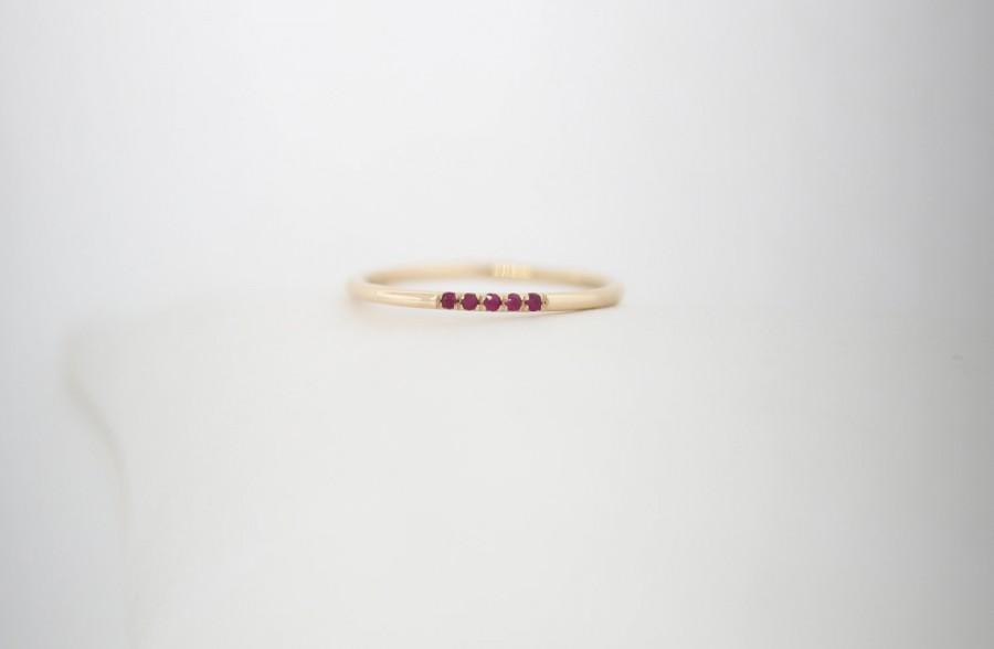 Mariage - 14K Yellow, Red Ruby Wedding Band Set With Red Rubys, Red Ruby Wedding Bands, 14K Red Ruby Band, Ruby Stackable Rings
