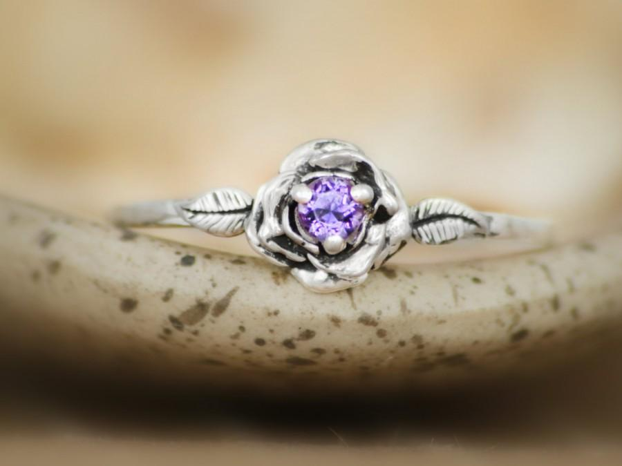 زفاف - Delicate Purple Amethyst Rose Engagement Ring in Sterling - Silver Unique Rose Promise Ring, Commitment Ring - February Birthstone Ring