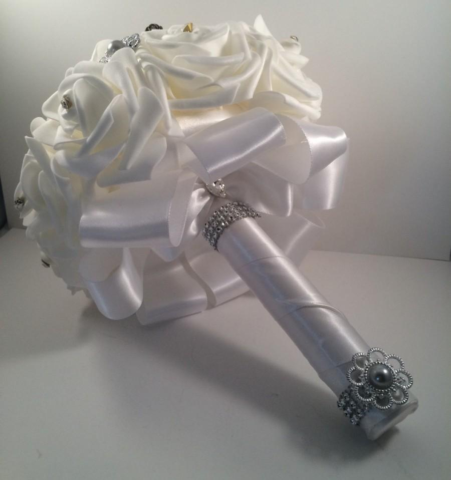 White Rose Grey Mulberry Grey Pearl Toss Bouquet Flowergirl