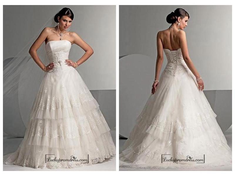 Hochzeit - Beautiful Elegant Exquisite Wedding Dress In Great Handwork