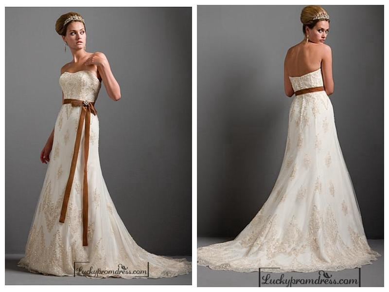 Beautiful Elegant Exquisite Wedding Dress In Great Handwork
