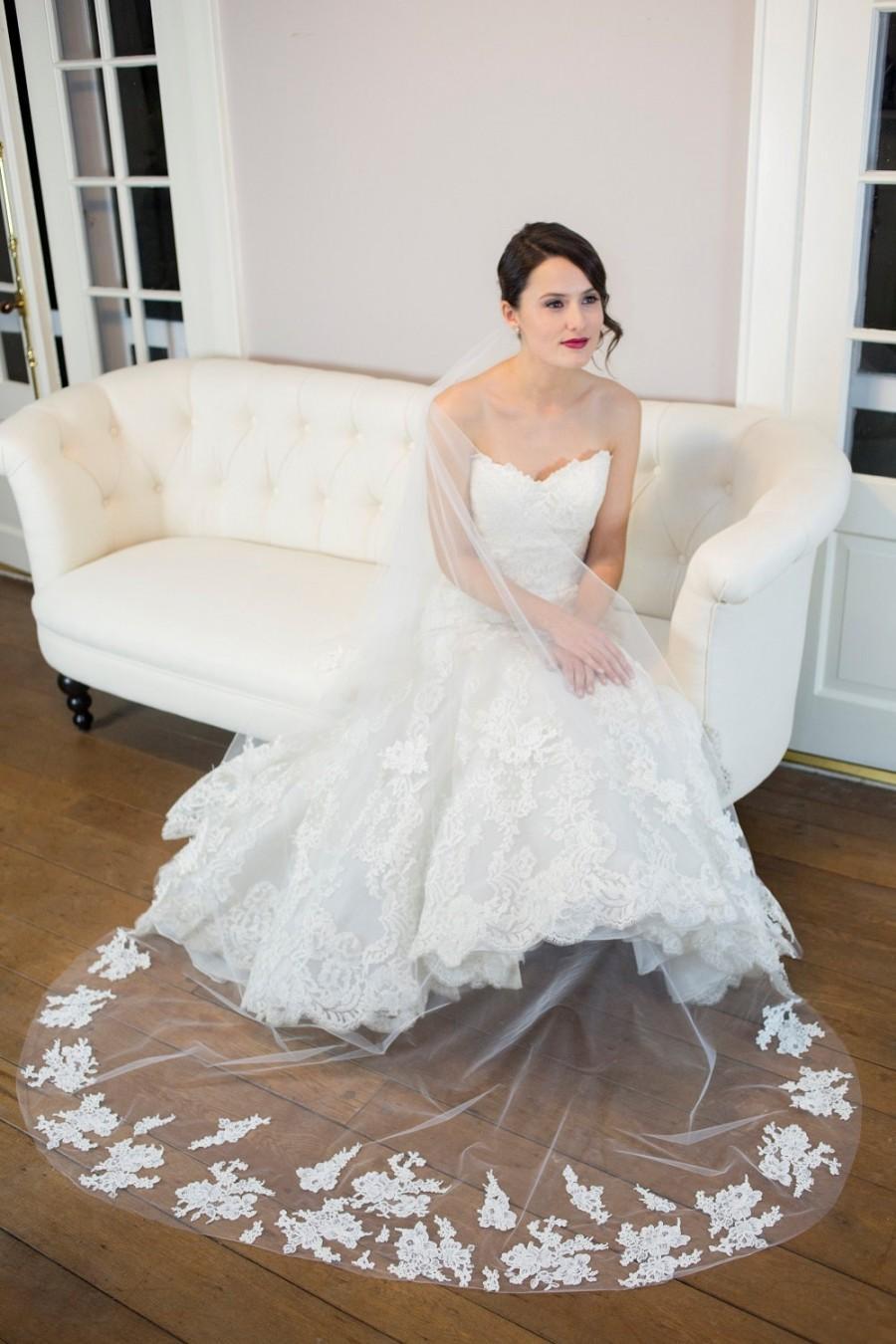 Свадьба - Wedding Veil - Drop Veil, Cathedral Veil, Chapel Veil, Floor Veil with French Alencon Lace Appliques