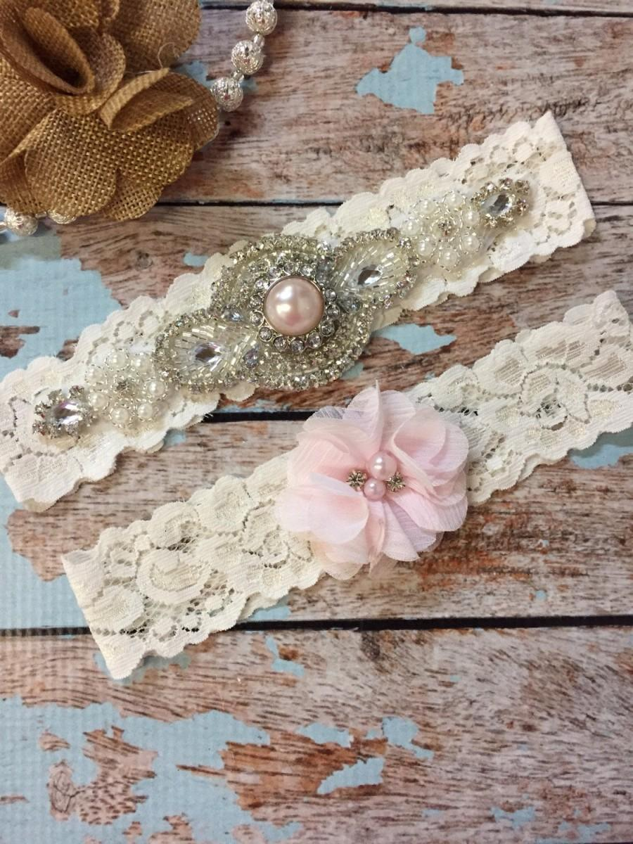 Свадьба - Blush pink Wedding garter / Lace garter SET / bridal  garter / vintage lace garter / toss garter / wedding garter/