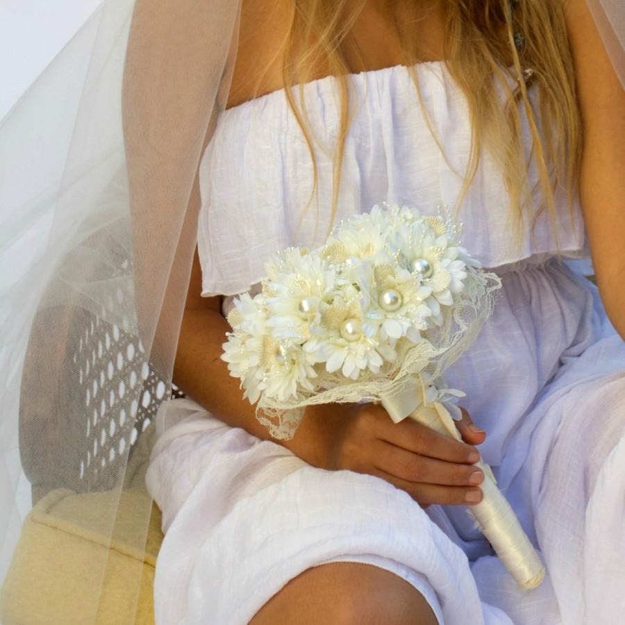 Bridal bouquet alternative bouquet silk flower bouquet ivory bouquet bridal bouquet alternative bouquet silk flower bouquet ivory bouquet silk bouquetpearl bouquetfabric bouquetbridal bouquet daisy bouquet izmirmasajfo