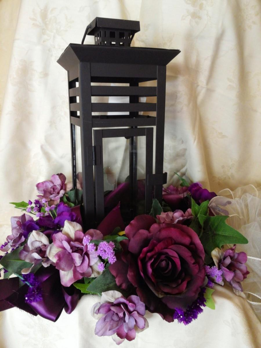 Centerpiece For Wedding Reception With Candle Lantern Ivy And
