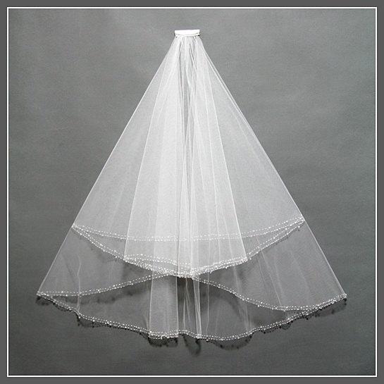 Свадьба - Elbow Length Bridal Veil, Bridal Veil Comb, Two Tier Bridal Veil, Bridal Veil with Crystals, Bridal Veil Fingertip, Ivory Wedding Veil/ V025