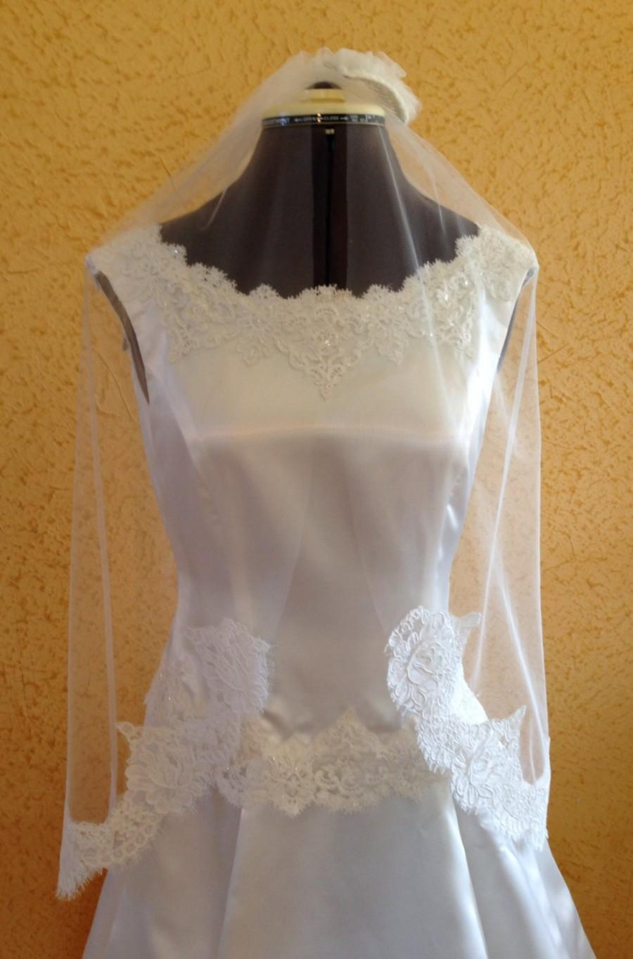 Свадьба - Alencon lace veil with original Alencon lace on the bottom only, lace veil in Classic French style gathered top and raw edge around the face