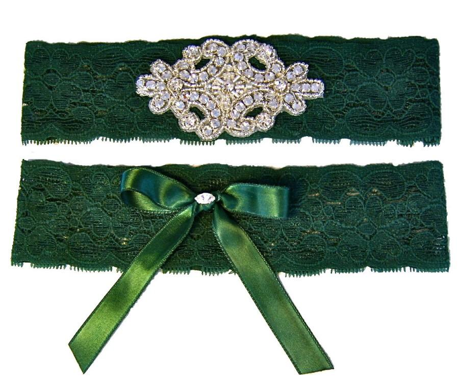 Свадьба - Forest Hunter Green Stretch Lace Wedding Garter Set with Sparkling Crystals