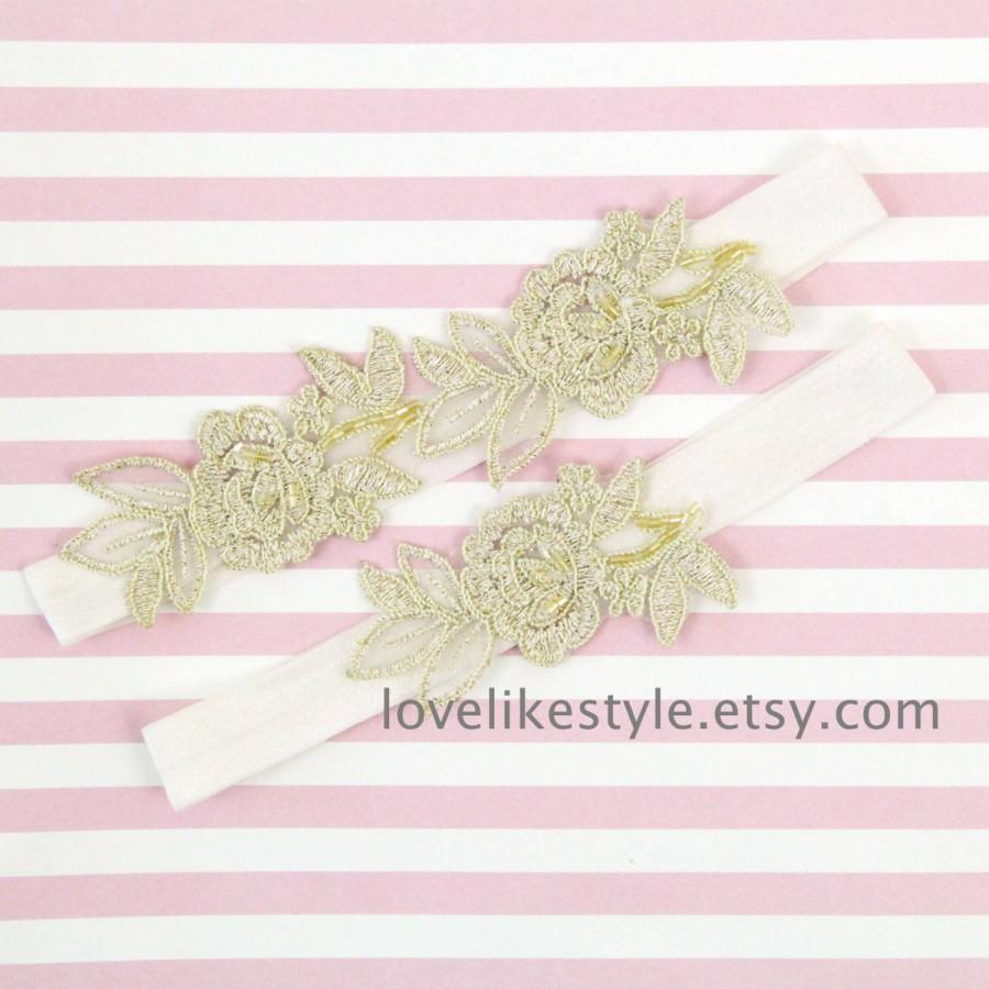 Mariage - Light Gold  Embroidery Flower Lace Wedding Garter Set, Gold Garter Set, Toss Garter , Keepsake Garter / GT-34A