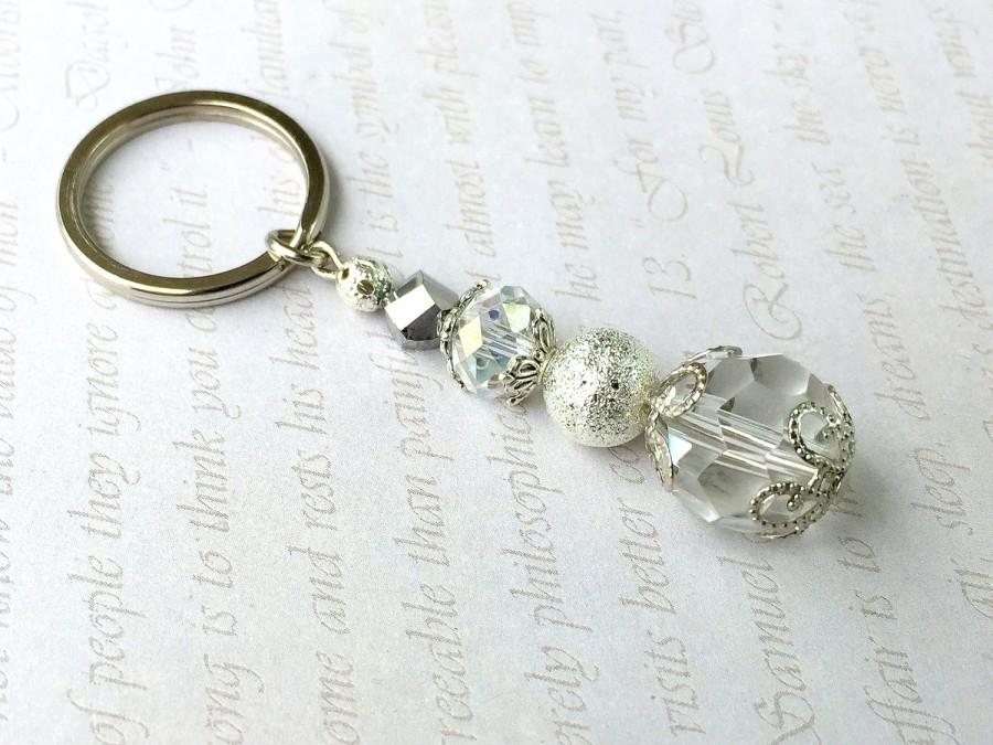 Mariage - Crystal Keychain, Small Keychain,Crystal Wedding Favors,Communion Favors,White party favors,Clip on charm,White bag charm,Beaded key chain