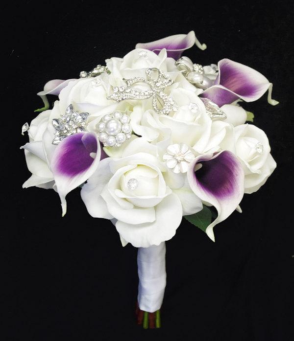 Hochzeit - Purple Heart Callas Brooch Wedding Bouquet - Natural Touch Roses and and Callas Brooch Jewel Bouquet - Rhinestones